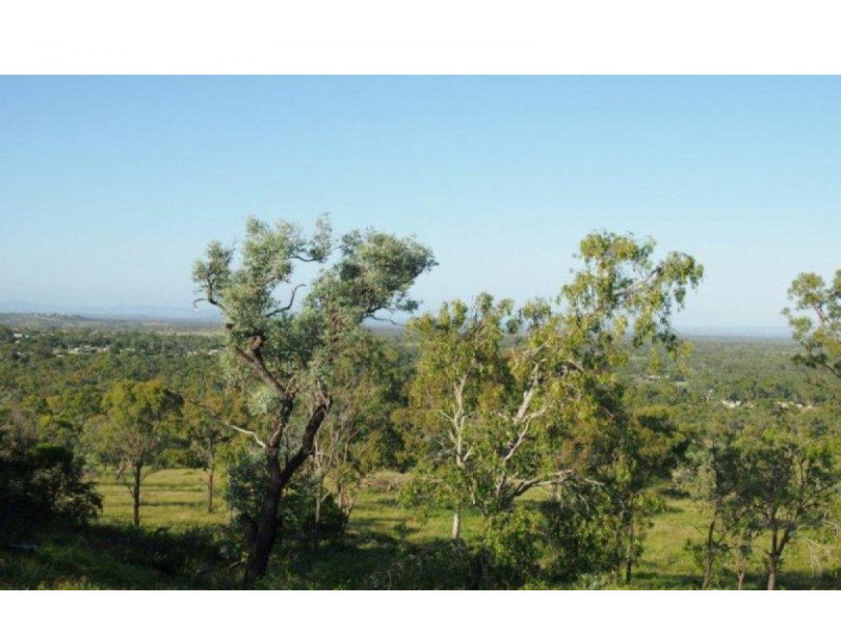 305 Fairmont Terrace, Rockyview QLD 4701, Image 2