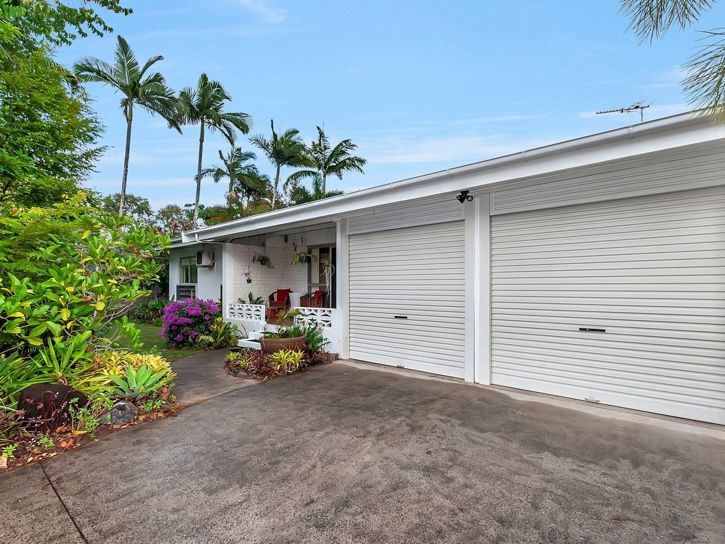 99 Oleander Street, Holloways Beach QLD 4878, Image 0