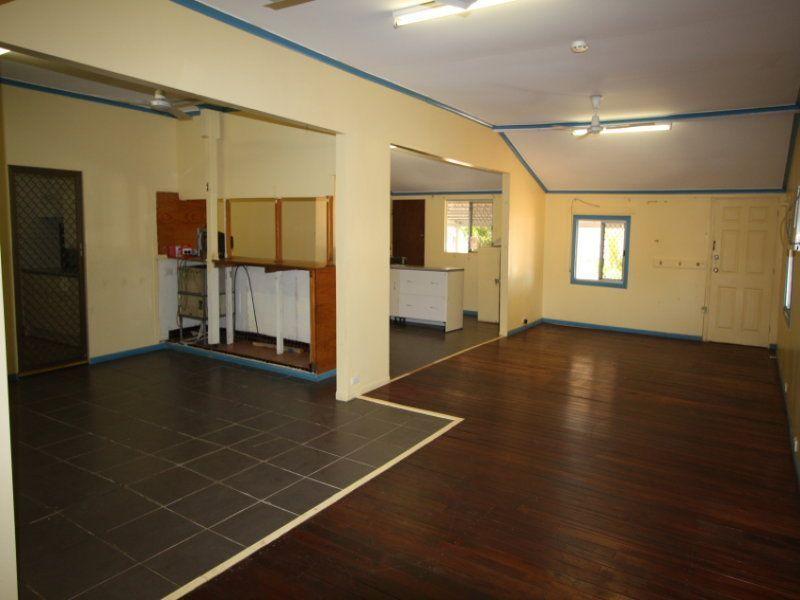 34 Home Street, Homestead NSW 2372, Image 2