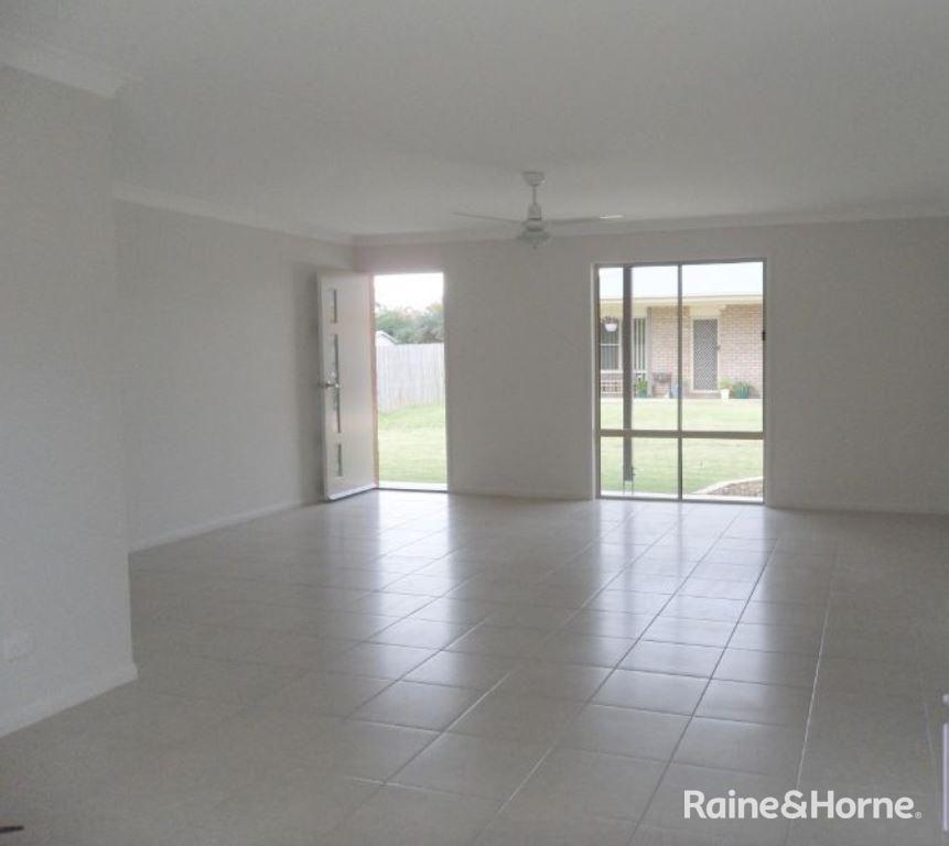 11/27 James Street, Kingaroy QLD 4610, Image 2