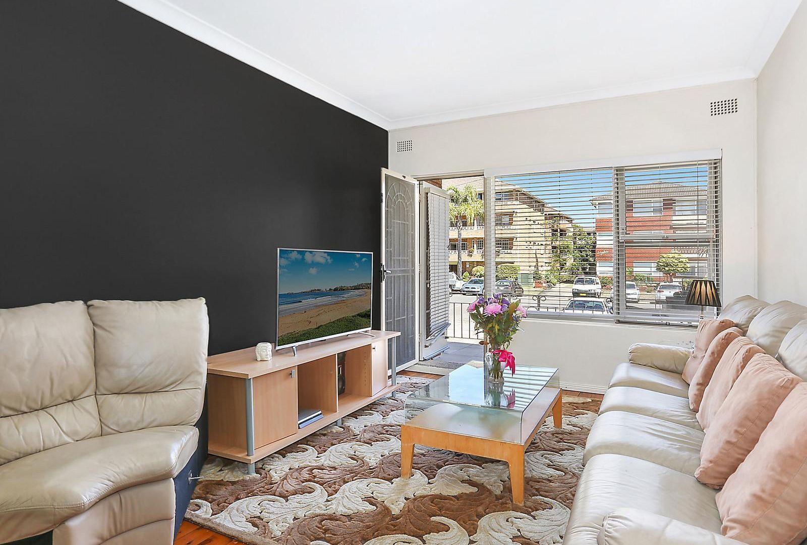 2/44 Banks Street, Monterey NSW 2217, Image 1