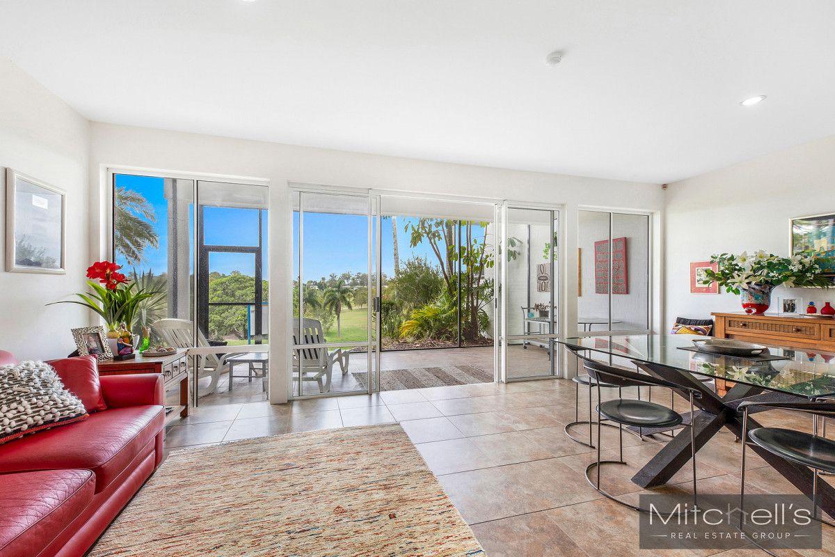5013 St Andrews Terrace, Sanctuary Cove QLD 4212, Image 2