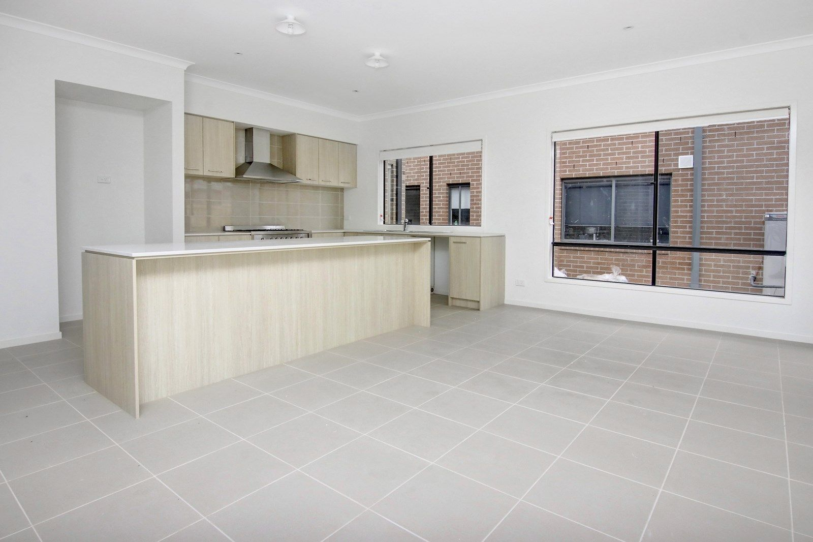 12 Roskopp Avenue, Clyde North VIC 3978, Image 2