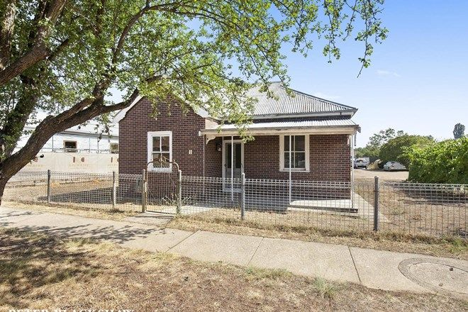 Picture of 1 Surveyor Street, QUEANBEYAN NSW 2620