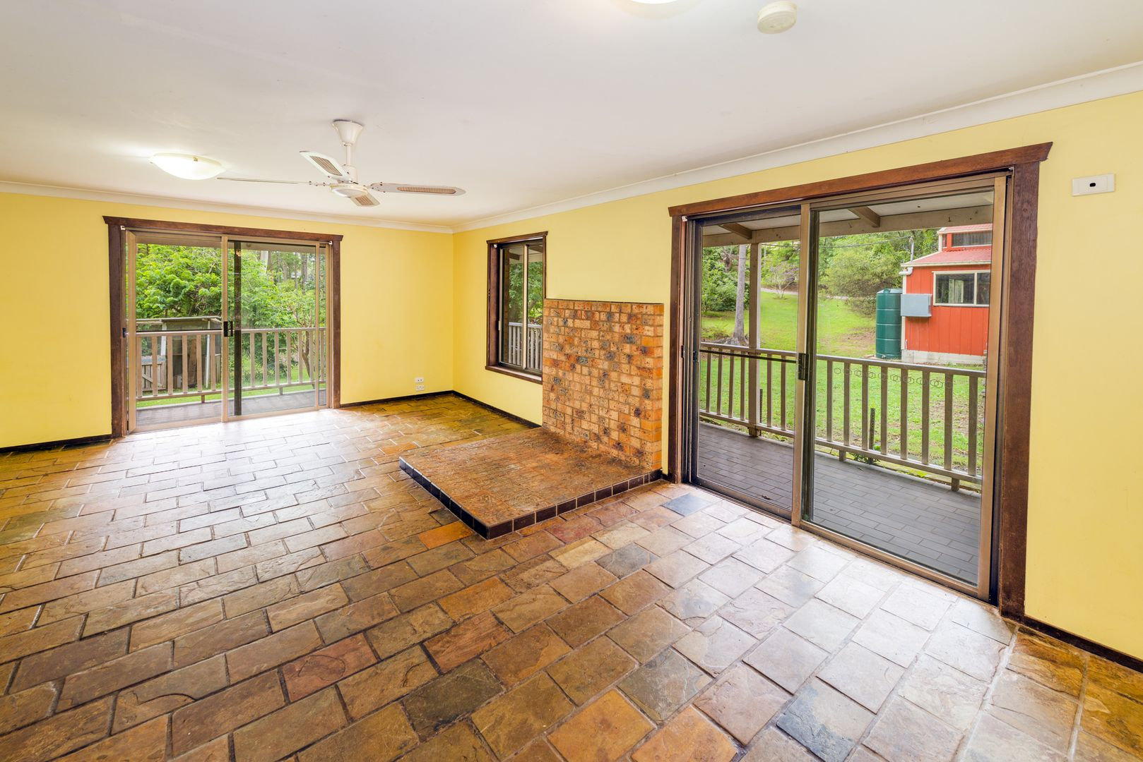 27 St Andrews Drive, Woolgoolga NSW 2456, Image 2