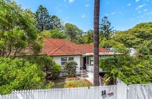 Picture of 28 Russell Terrace, Indooroopilly QLD 4068