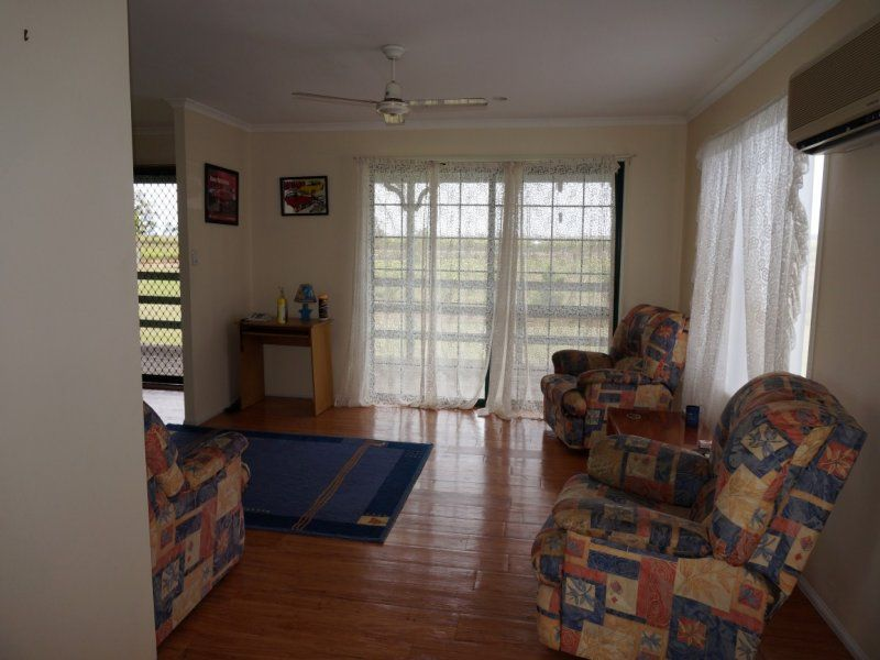 1652 Crystalbrook Road, CRYSTAL BROOK QLD 4800, Image 2