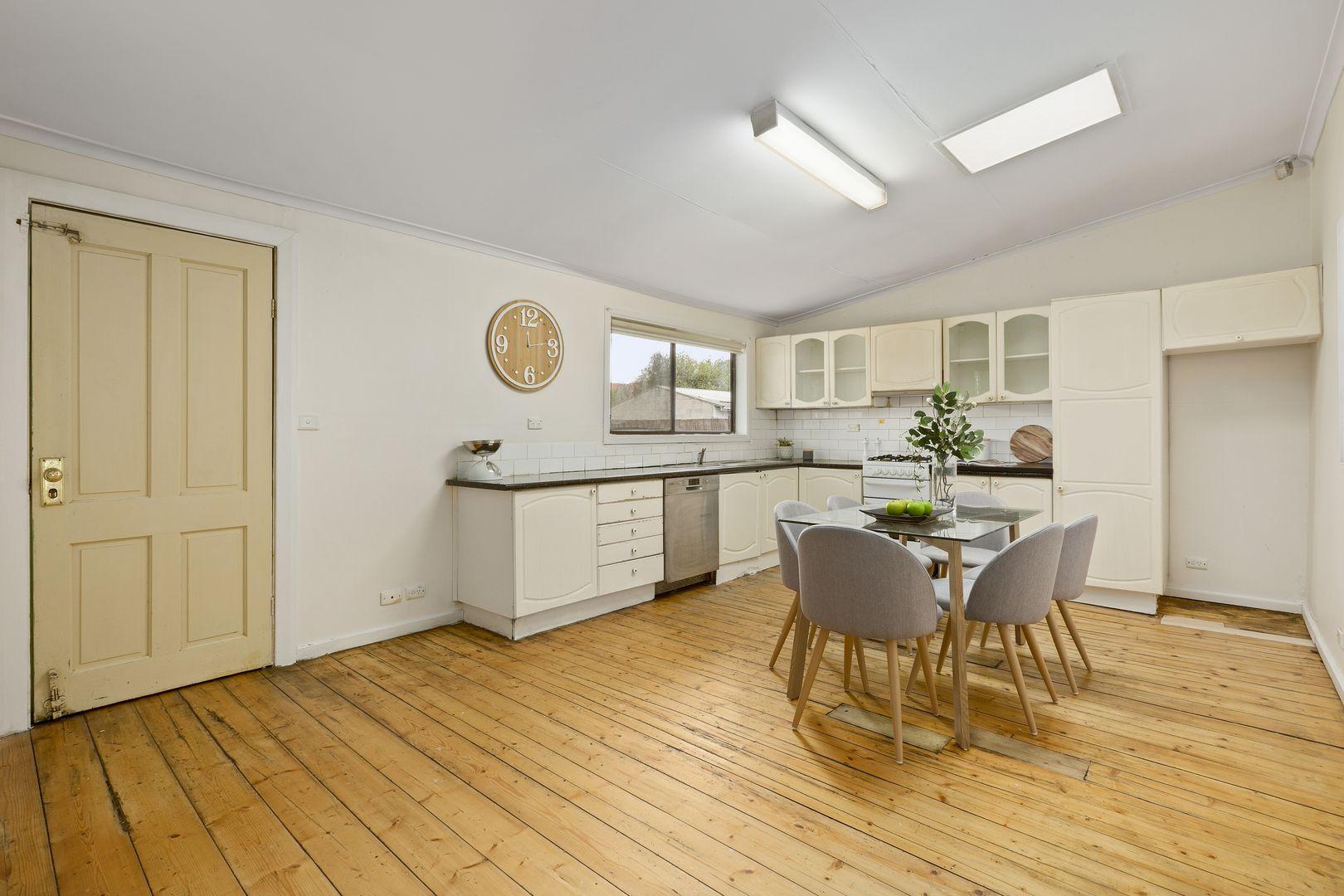 25 Salisbury Street, Coburg VIC 3058, Image 2