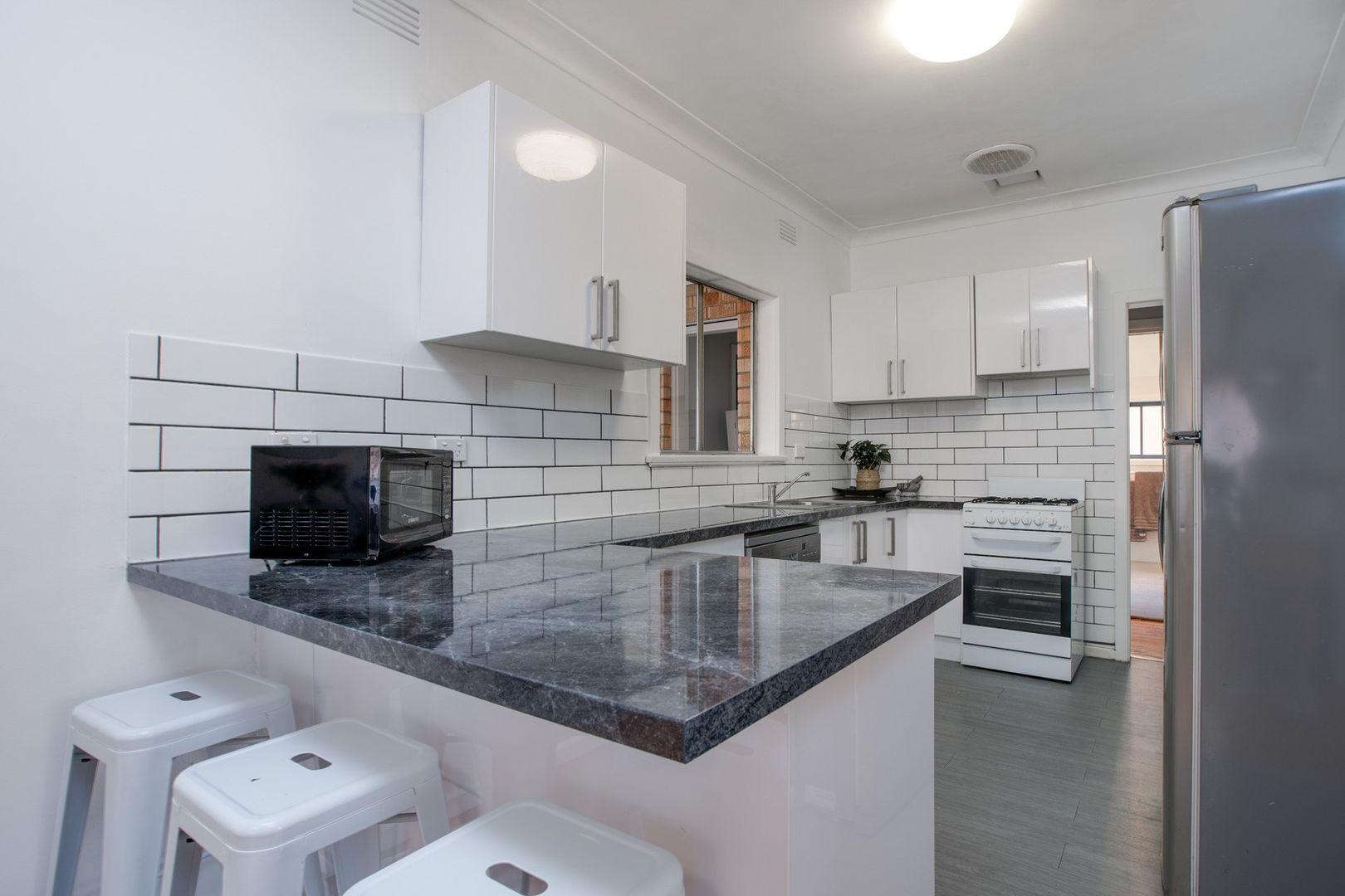 934 Calimo Street, North Albury NSW 2640, Image 1