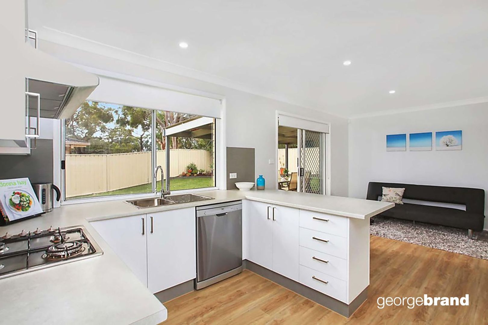 43 Gilford Street, Kariong NSW 2250, Image 2