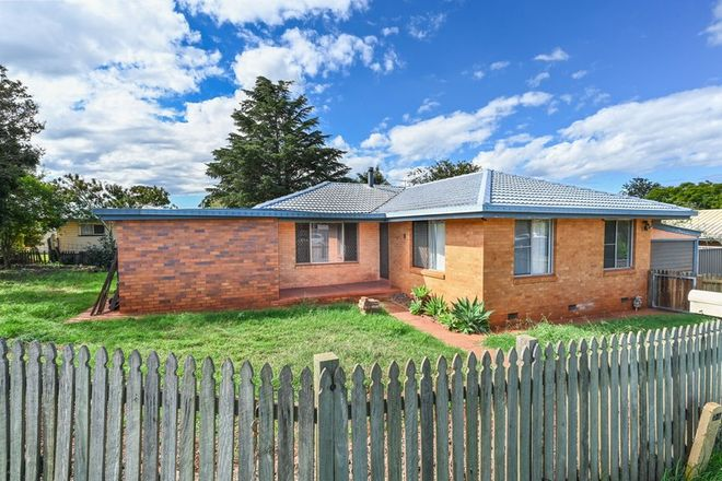 Picture of 27 Makepeace Street, ROCKVILLE QLD 4350