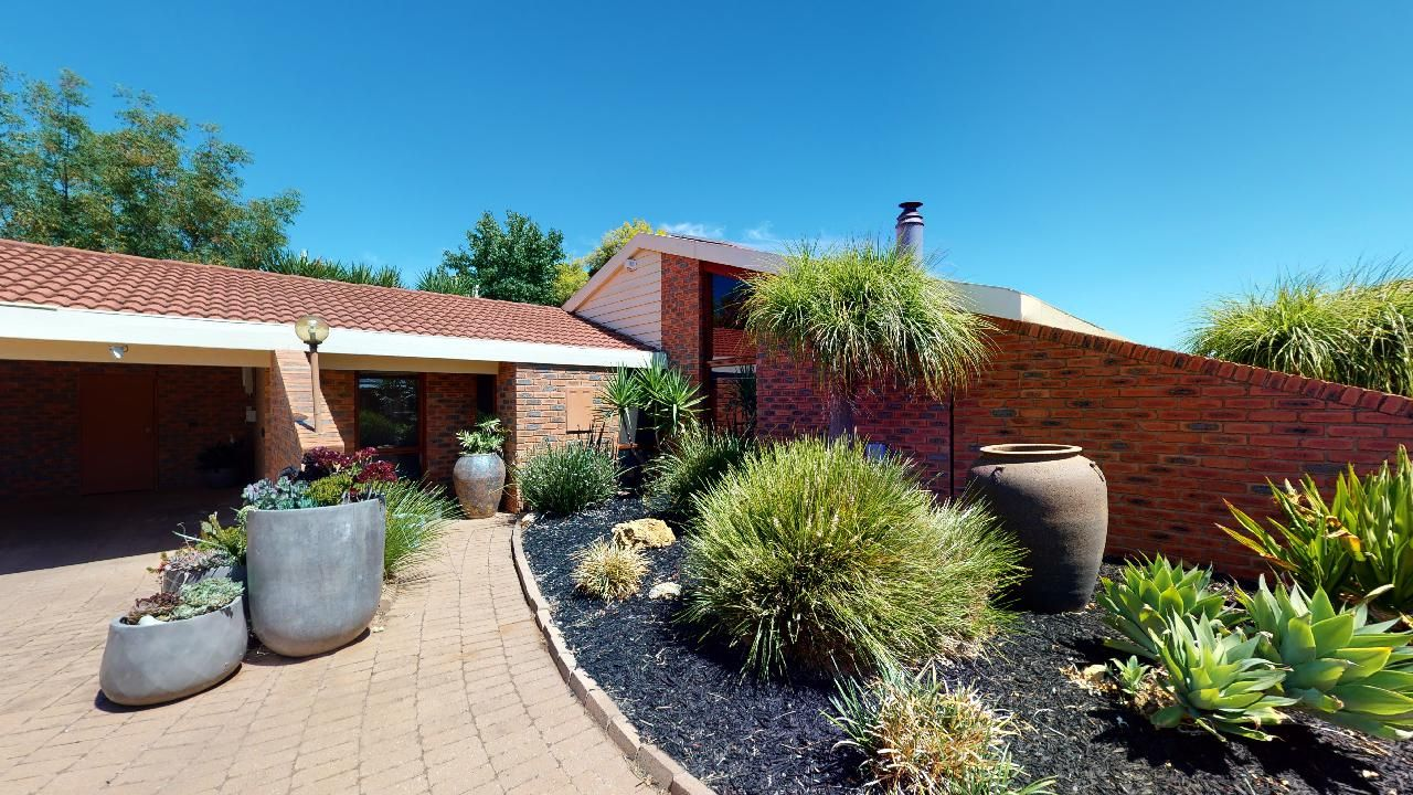 21 Wilkins Grove, Swan Hill VIC 3585, Image 1