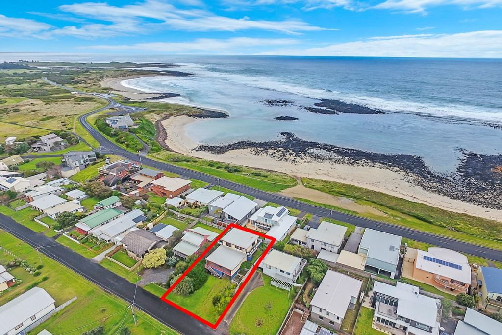 19 Reardon Street, Port Fairy VIC 3284, Image 1