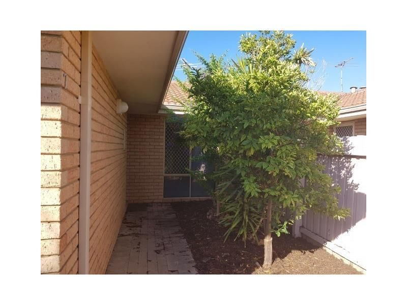 7/11 Merope Close, Rockingham WA 6168, Image 1