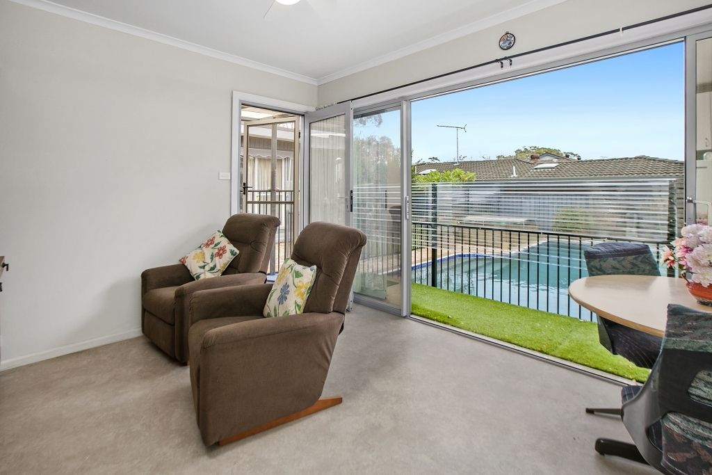 8 Howse Crescent, Cromer NSW 2099, Image 2