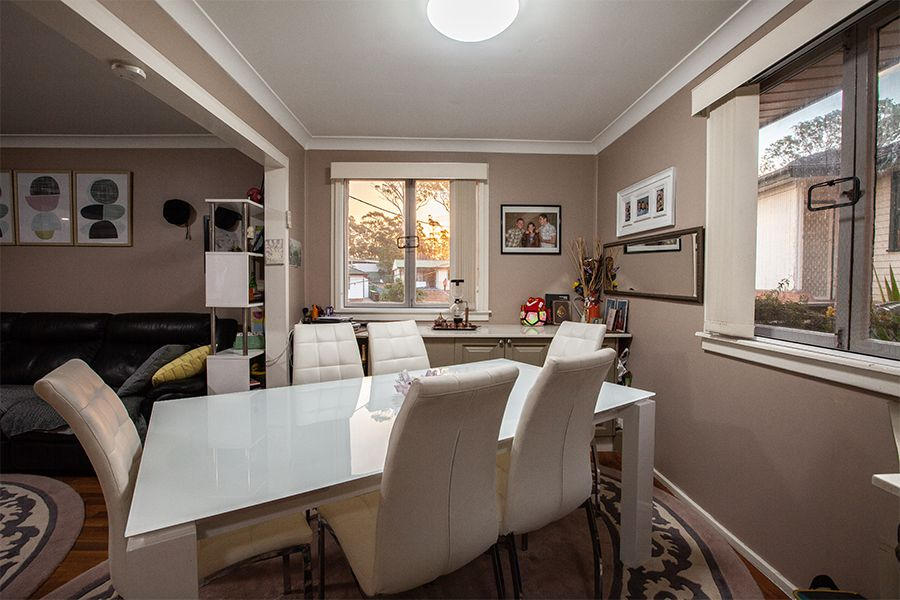 8 Coonong Street, Busby NSW 2168, Image 2