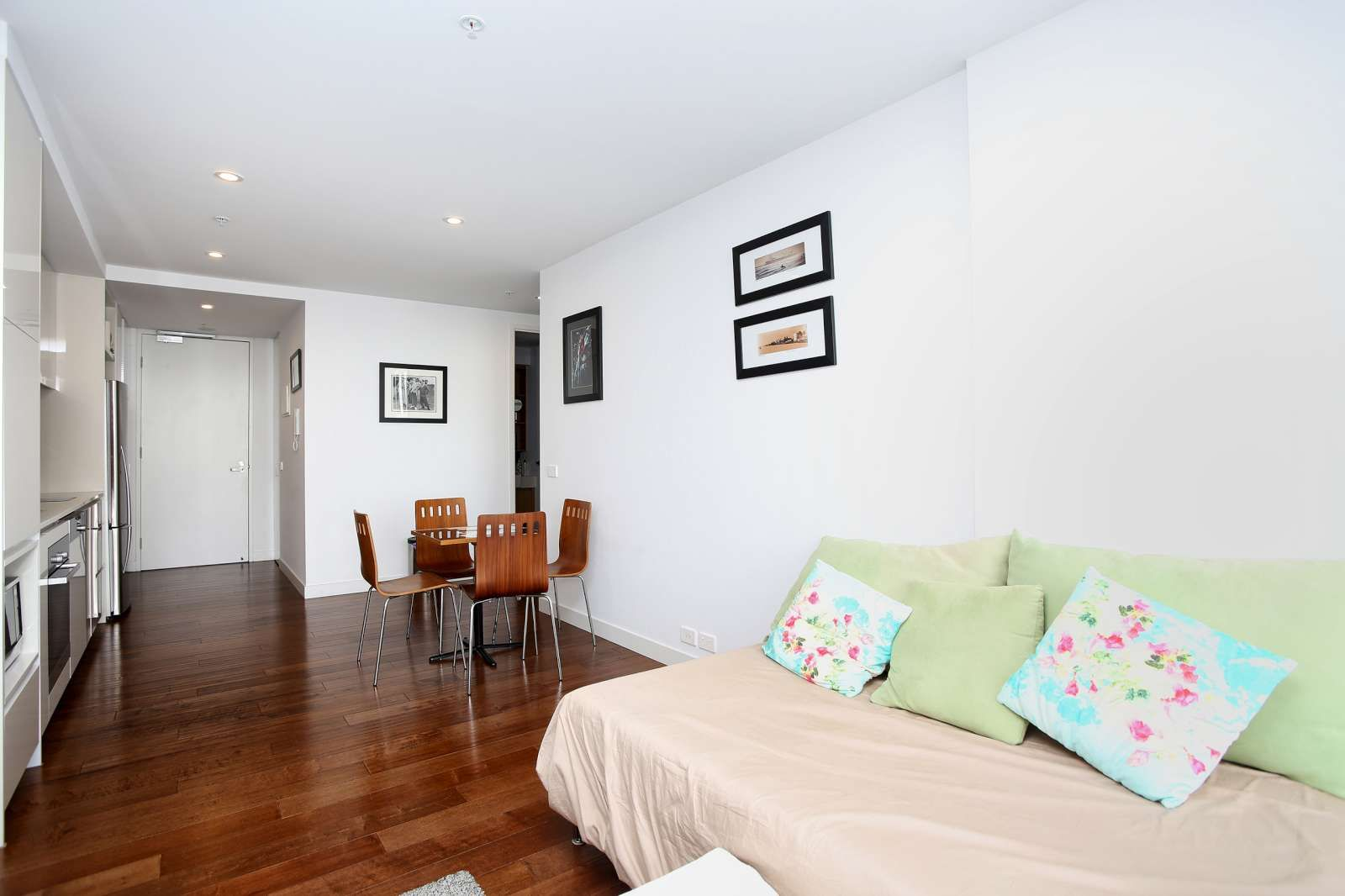 605/101 Bay Street, Port Melbourne VIC 3207, Image 1