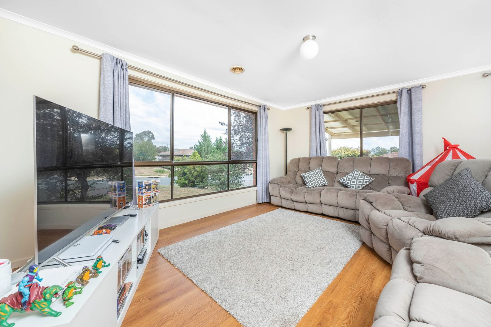 29 Louisa Lawson Crescent, Gilmore ACT 2905, Image 1