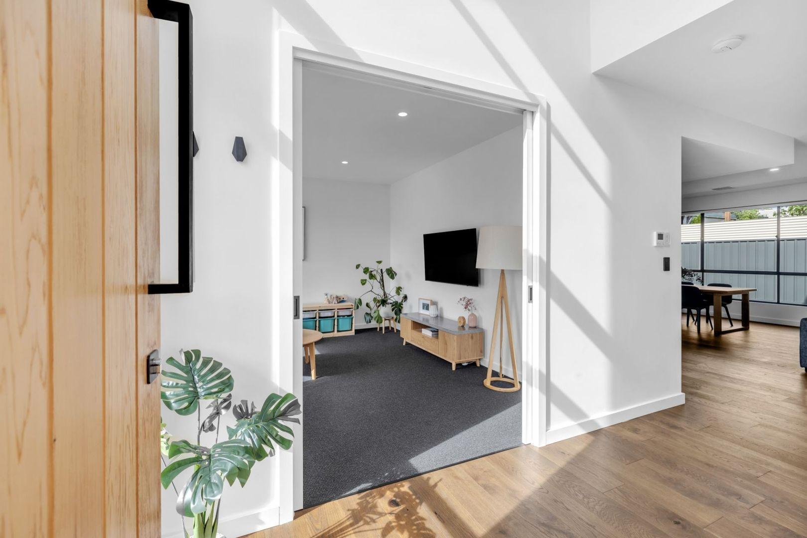 5 Bandon Terrace, Kingston Park SA 5049, Image 2