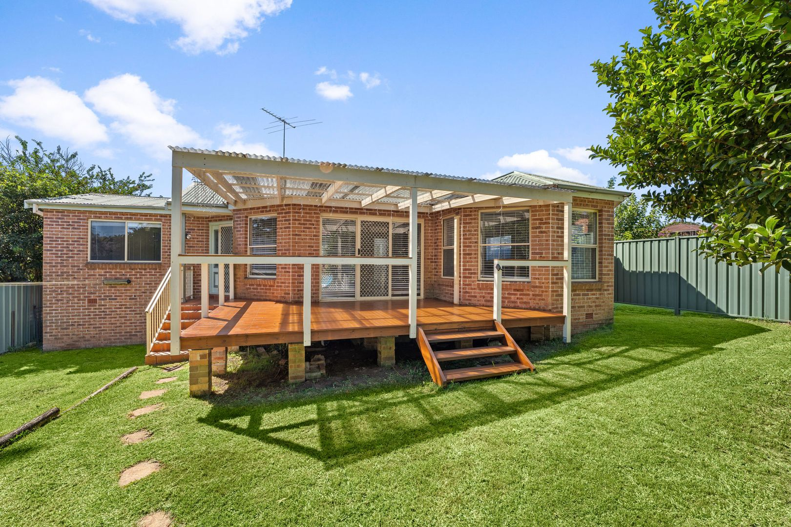 60A Rose Avenue, Wheeler Heights NSW 2097, Image 0