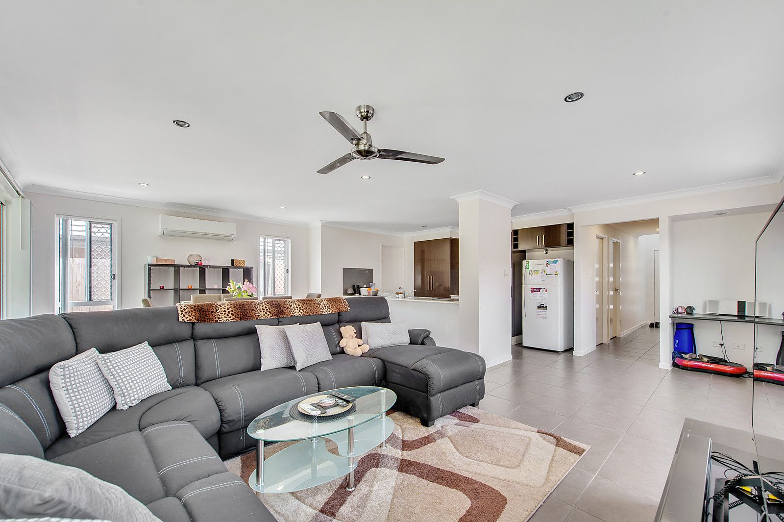 17 Stokes Street, North Lakes QLD 4509, Image 2