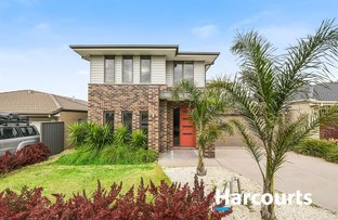 Picture of 4 Pinebank Avenue, Cranbourne East VIC 3977