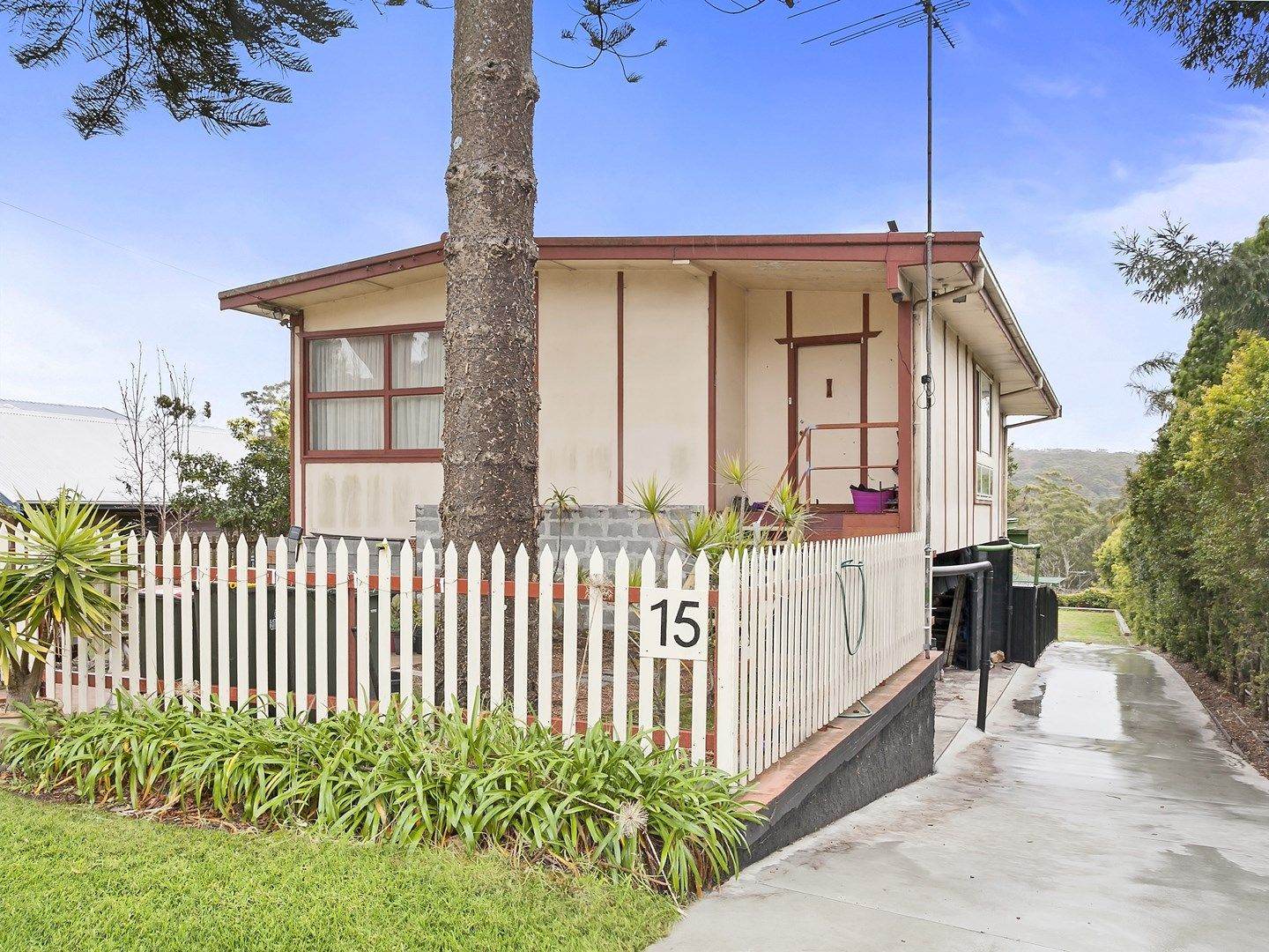 15 Foster Street, Helensburgh NSW 2508, Image 0