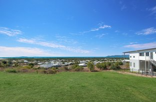 Picture of 12 Cashell Crescent, Bushland Beach QLD 4818