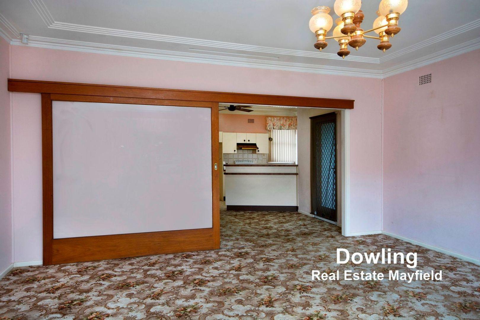 11 Howell Street, Kotara NSW 2289, Image 2