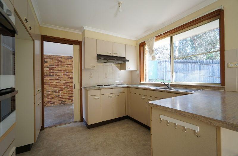 39 Lakeside  Road, Eastwood NSW 2122, Image 2