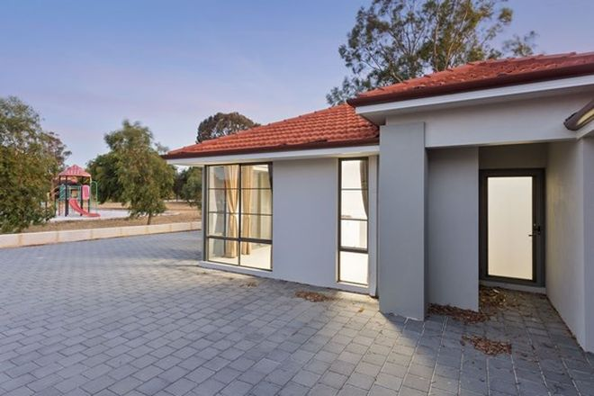 Picture of 4 Bittern Court, STIRLING WA 6021