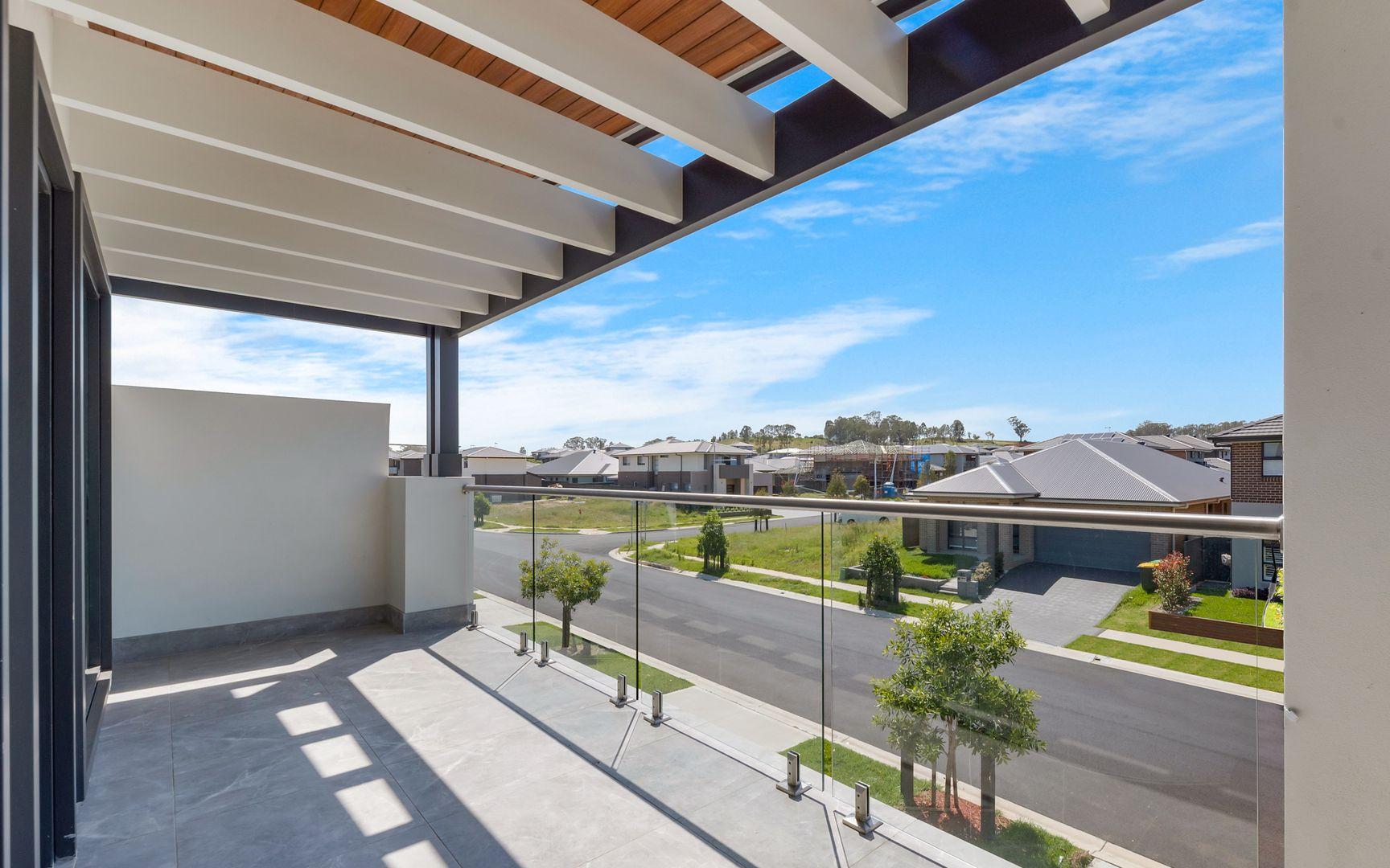 38 Honey Myrtle Avenue, Denham Court NSW 2565, Image 1