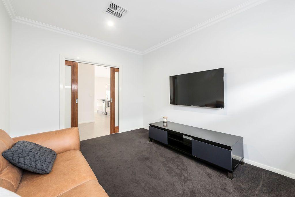 16 Lustre Street, Cobbitty NSW 2570, Image 2