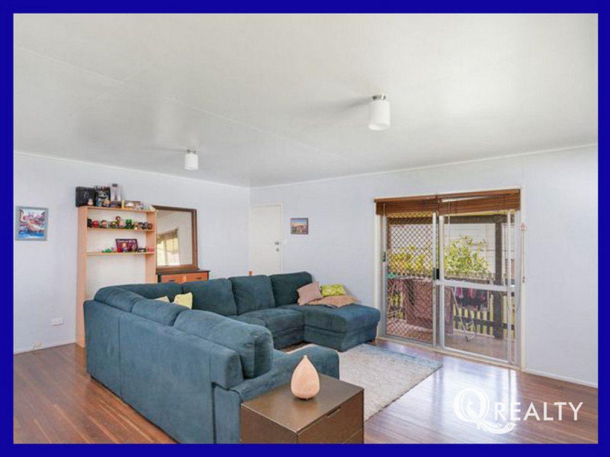 21 Dampier Avenue, Eagleby QLD 4207, Image 2