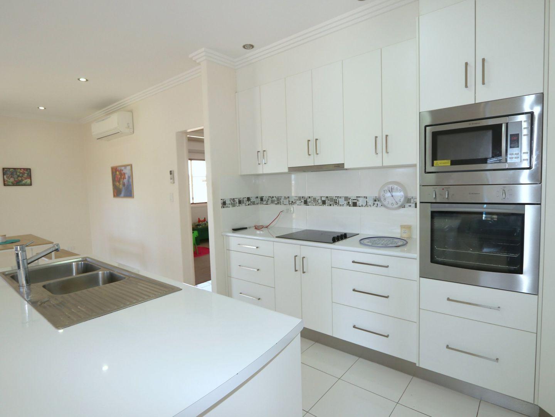 1/62 Gladstone Street, Emerald QLD 4720, Image 1