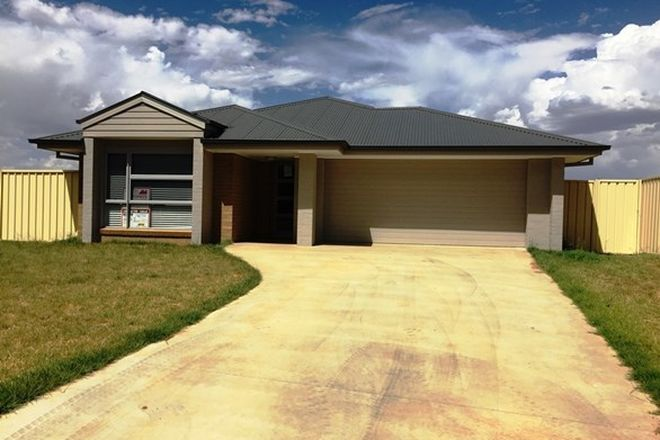 Picture of 8 Parry Lane, LEETON NSW 2705