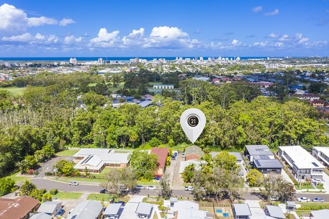 Picture of 2/14 Aragorn Street, MAROOCHYDORE QLD 4558