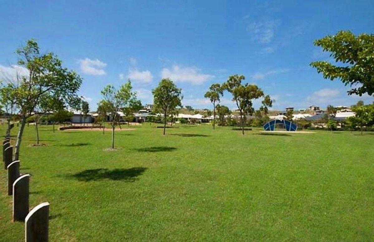 52 Shutehaven Circuit, Bushland Beach QLD 4818, Image 1