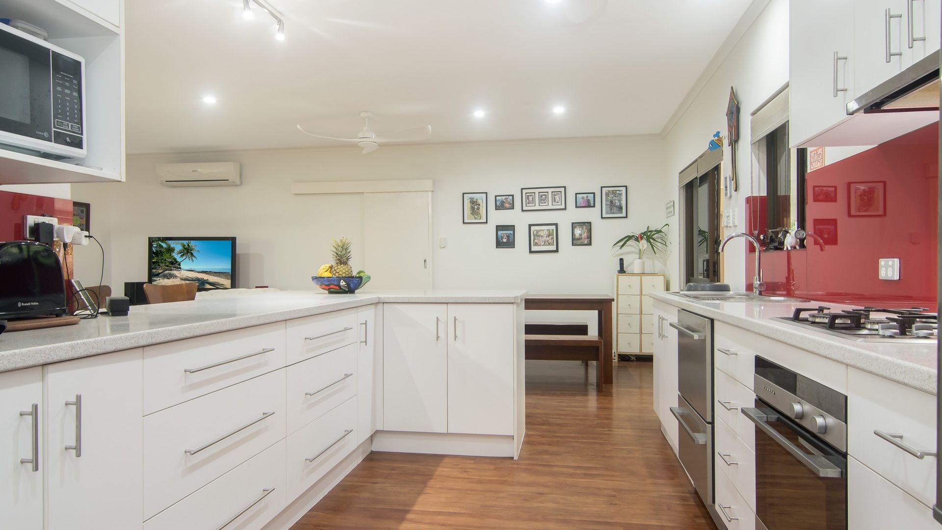 4 Undine Street, Port Douglas QLD 4877, Image 2