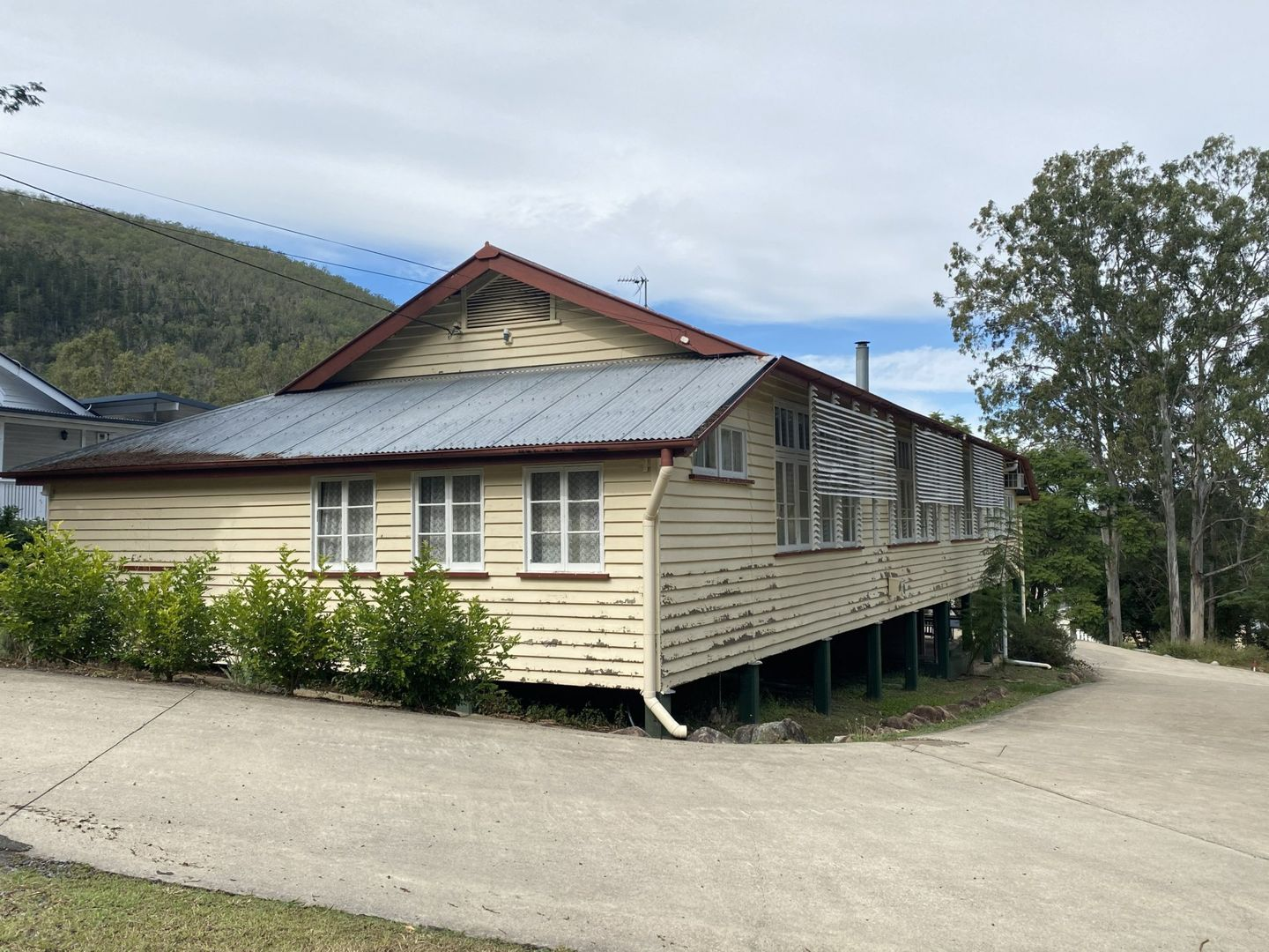 7 First Avenue, Somerset Dam QLD 4312, Image 0