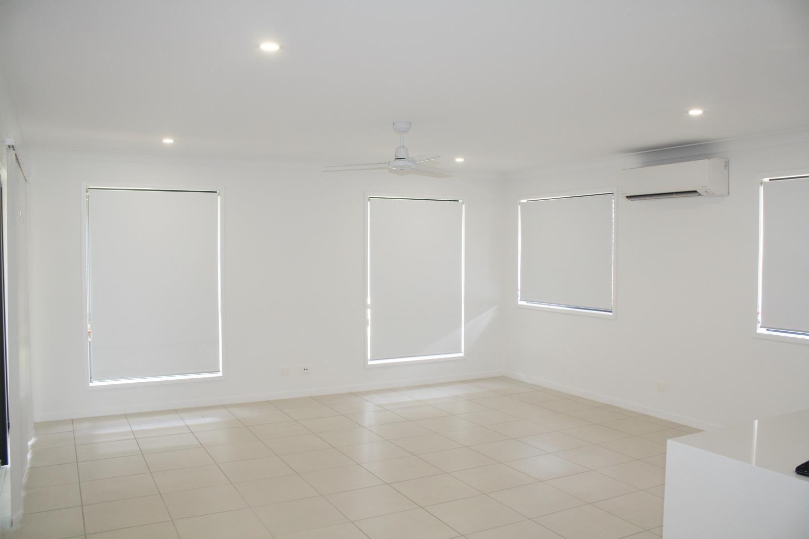 20 Jackson Place, Greenbank QLD 4124, Image 2