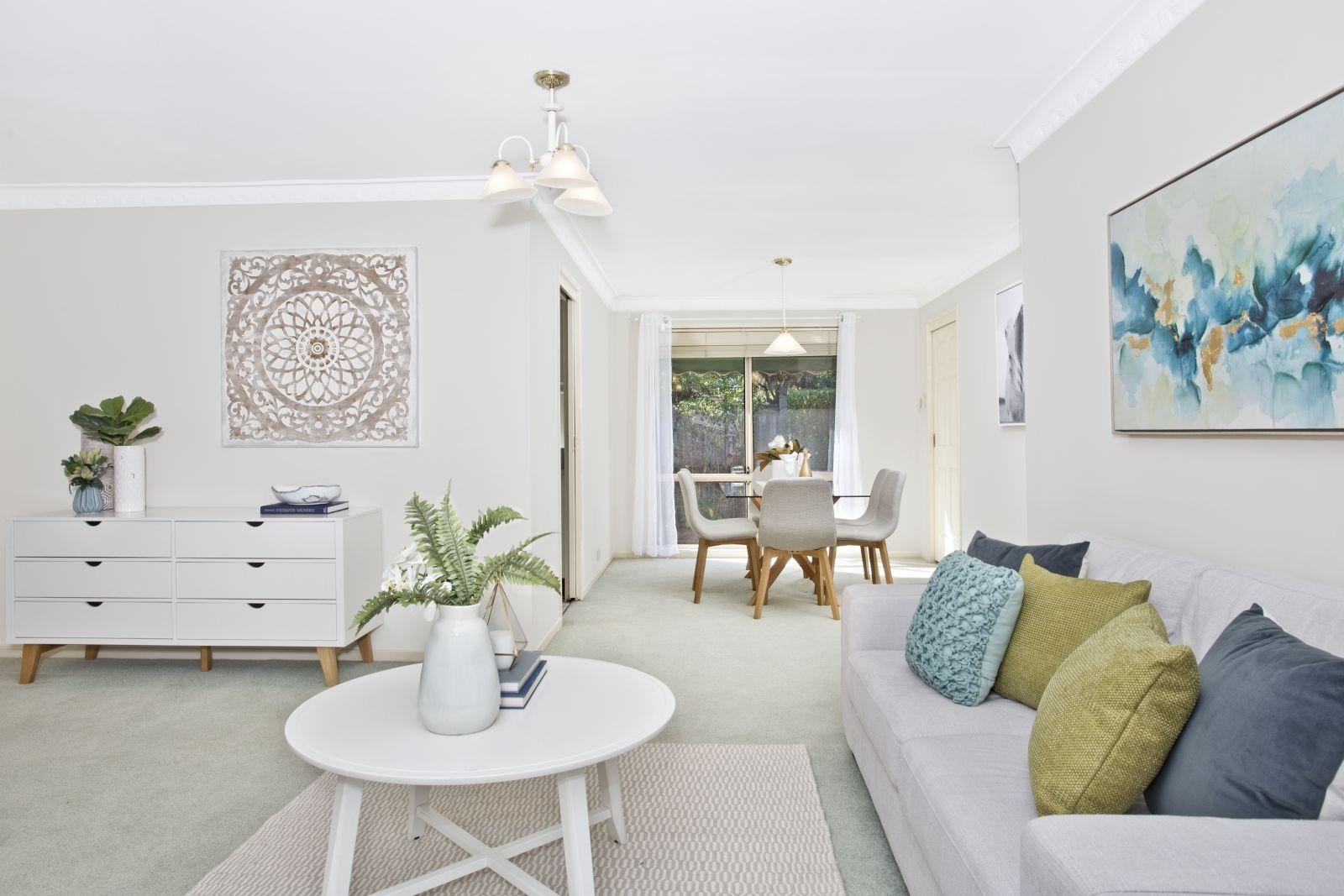 11 Hampton Close, Castle Hill NSW 2154, Image 1