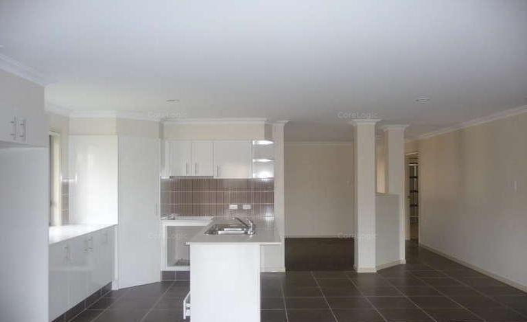 4 Meroo Place, Upper Coomera QLD 4209, Image 2