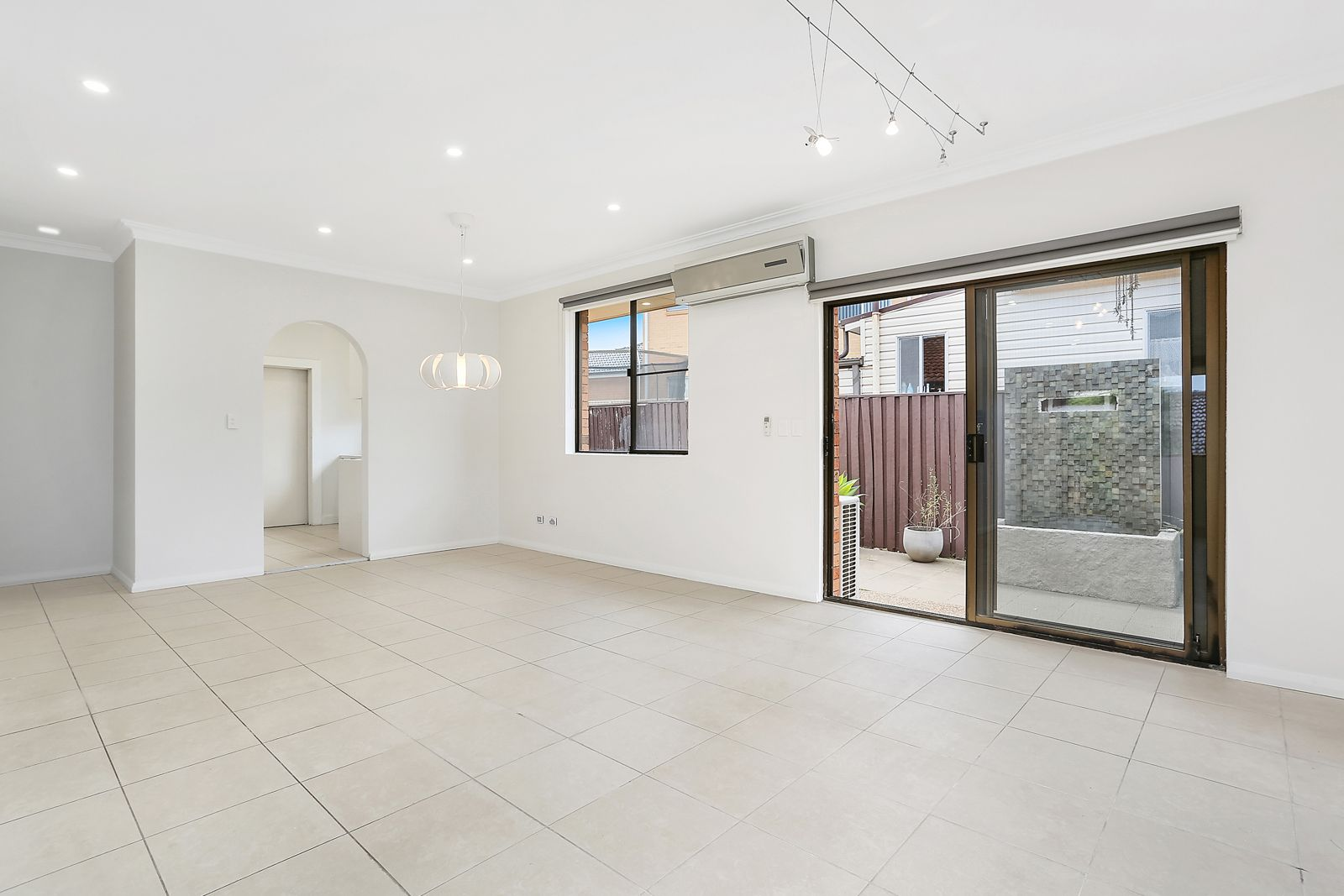 2/70 Central Road, Beverly Hills NSW 2209, Image 2