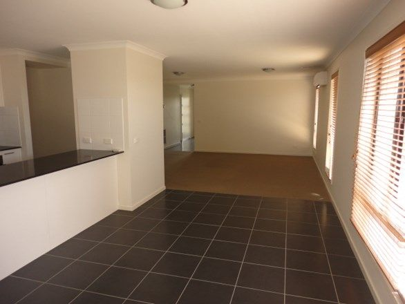 3 Edge View, Point Cook VIC 3030, Image 2