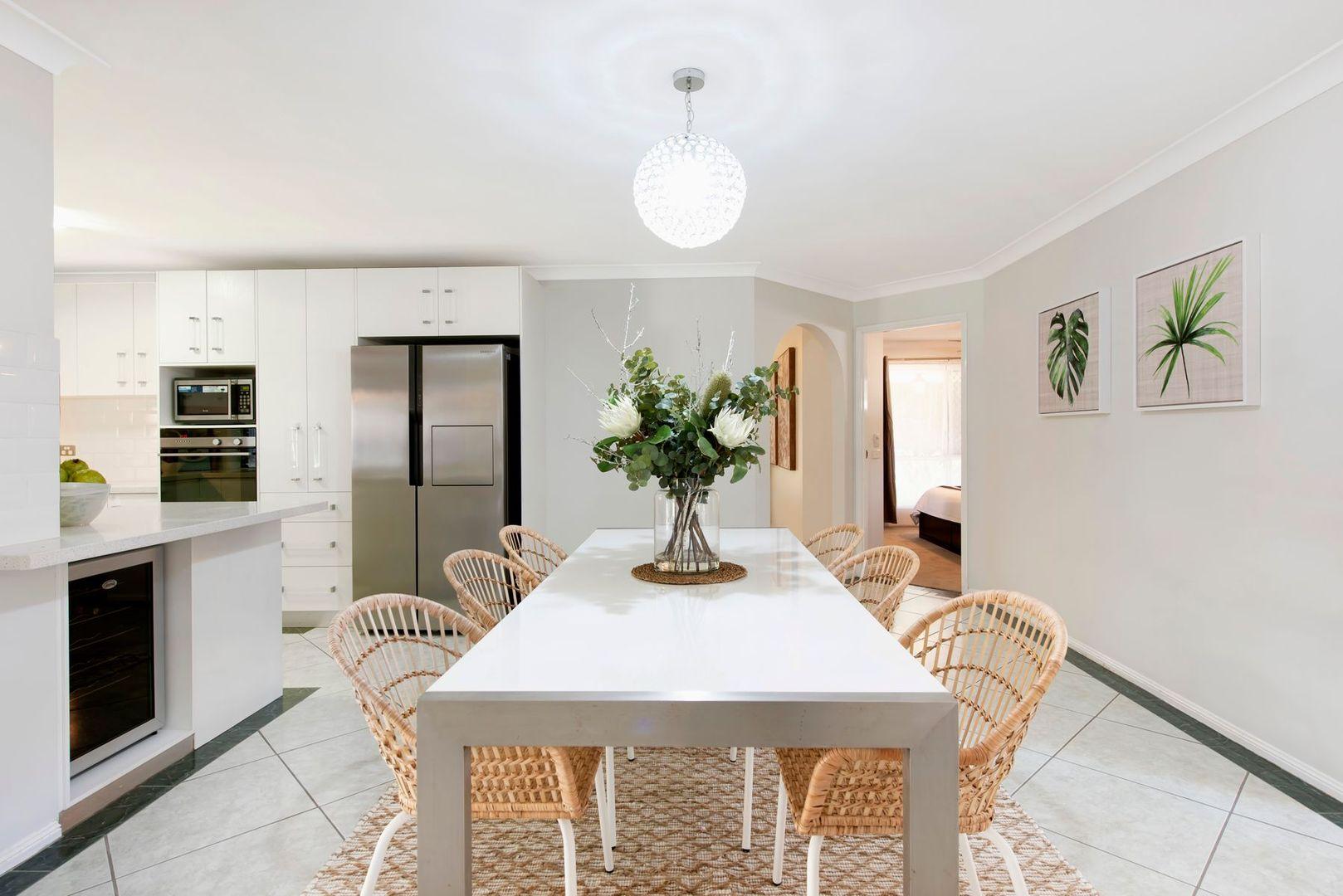 116 Oldfield Road, Sinnamon Park QLD 4073, Image 2