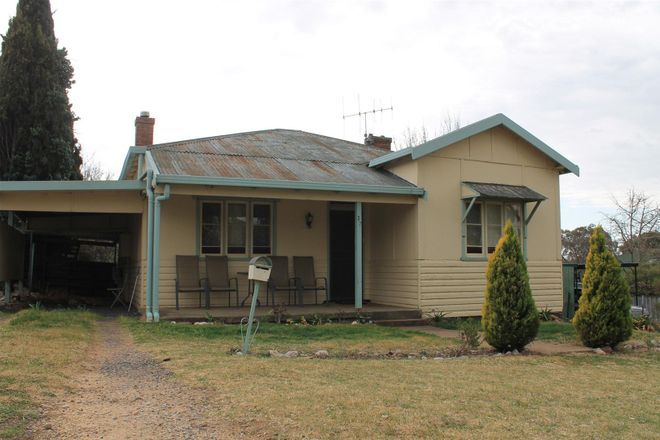 Picture of 27 Wellington Street, MOLONG NSW 2866