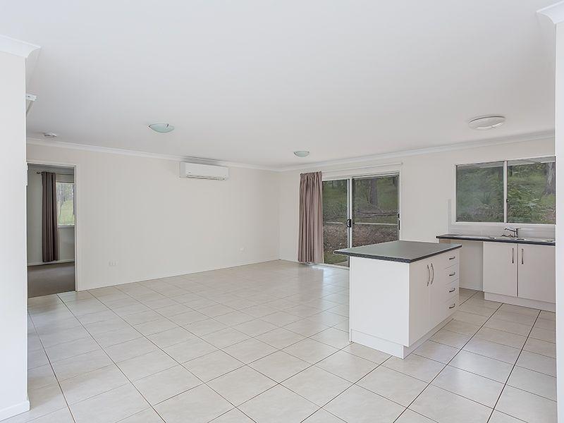 120 Varley Road, Glenwood QLD 4570, Image 2