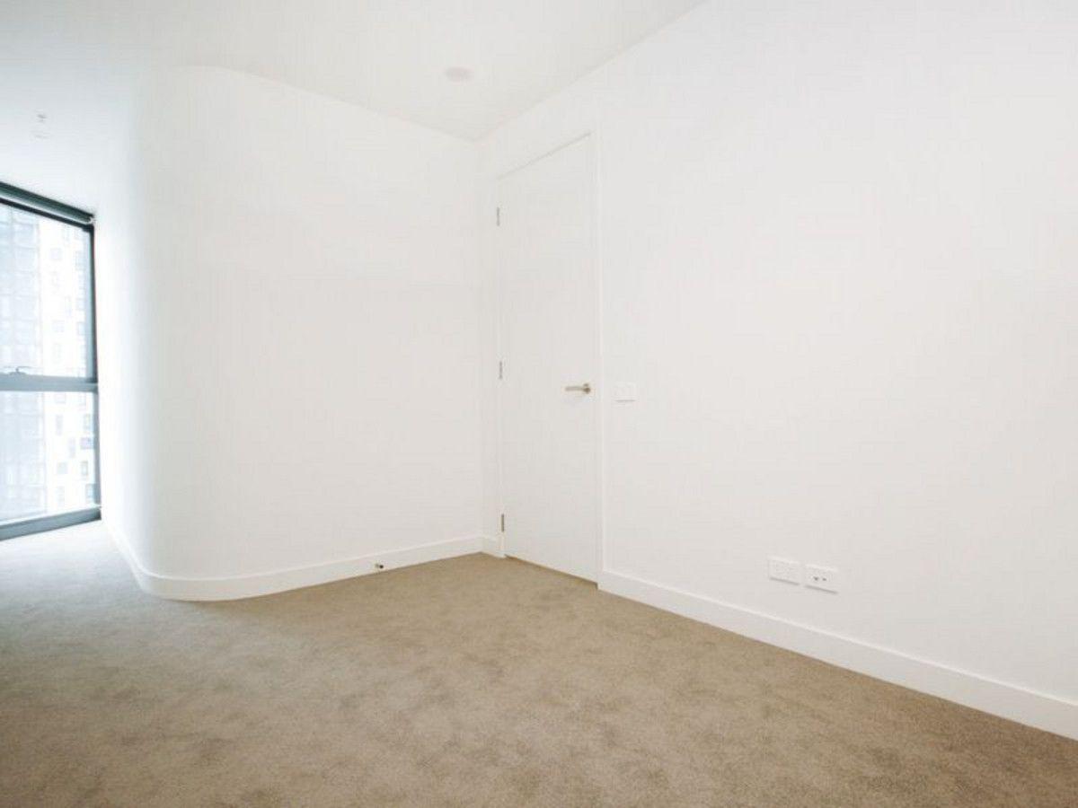 1611/105 Clarendon Street, Southbank VIC 3006, Image 2