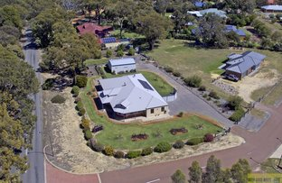 Picture of 5 Macleod Close, Byford WA 6122